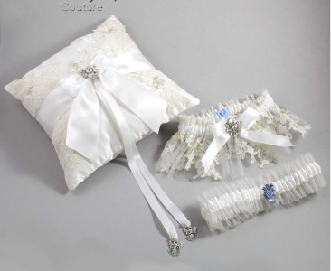 Emily Moseley's Wedding Garters and Accessories