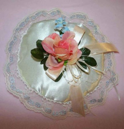 Carolyn_01-Custom-Wedding-Garters-Bridal-Garters-Prom-Garters-Linda-Joyce-Couture-Girly-Girl-Garters