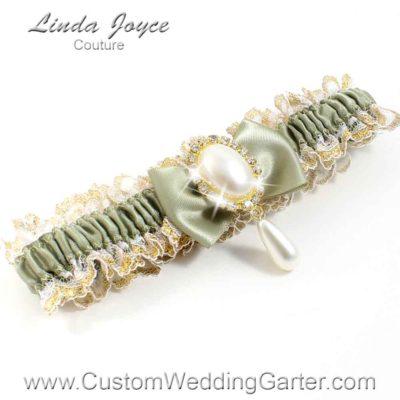 """Soft Pine Victorian Lace Wedding Garter """"Victoria 04"""" Gold"""