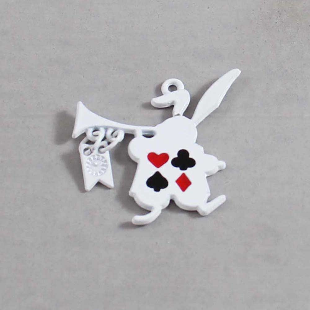 Alice in Wonderland Charm 09