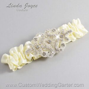 Cosmic Latte Wedding Garter / Ivory Wedding Garters / Heather #01-A07-810-Cosmic-Latte_Silver / Wedding Garters / Custom Wedding Garters / Bridal Garter / Prom Garter / Linda Joyce Couture