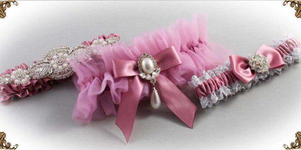 Pink-Wedding-Garters_Rosy-Mauve-Wedding-Garter-165