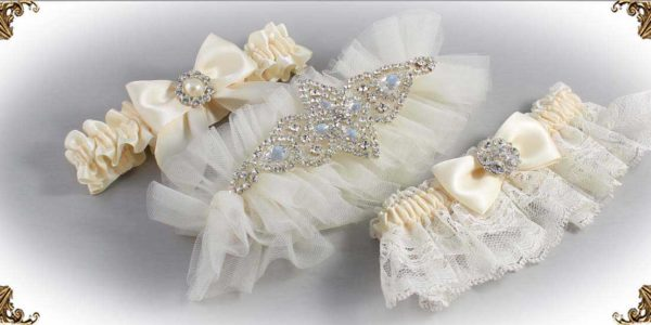 Shop-by-Color_Ivory-Wedding-Garters