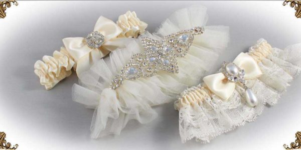 Solid-Ivory-Wedding-Garters