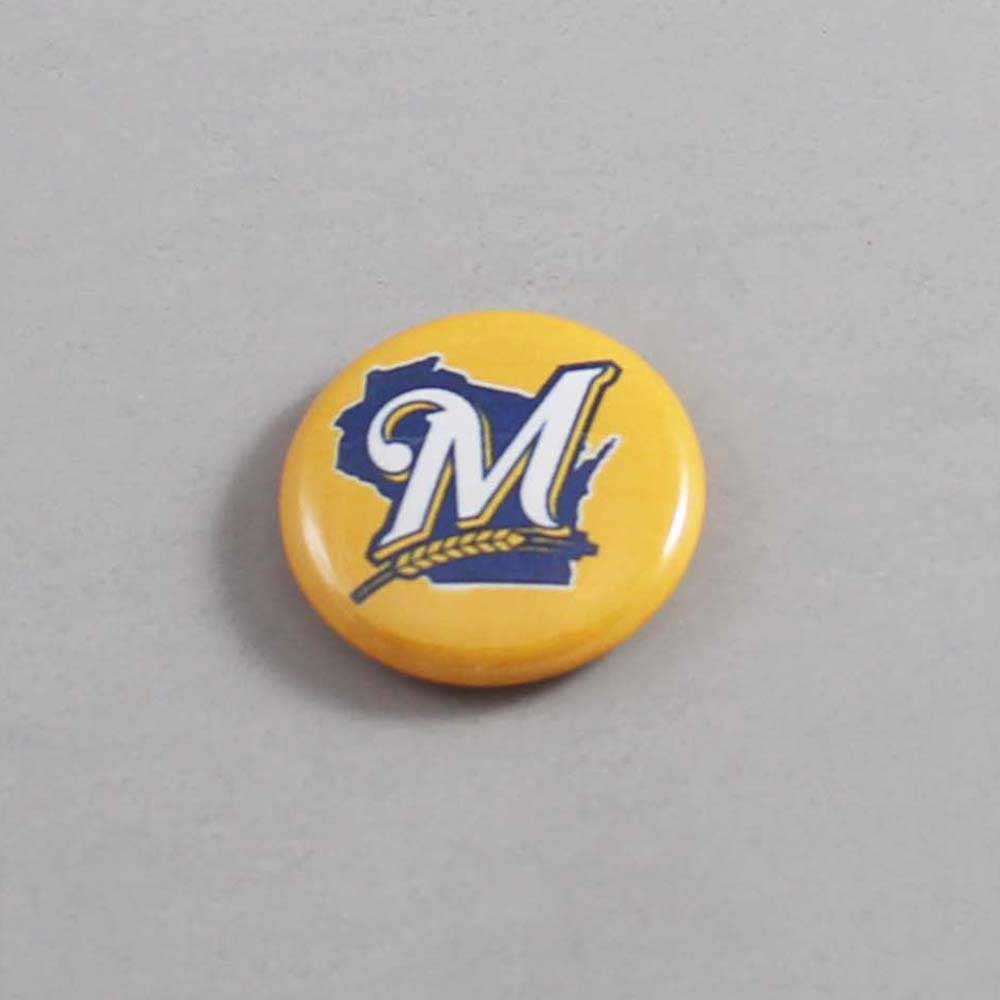 MLB Milwaukee Brewers Button 02