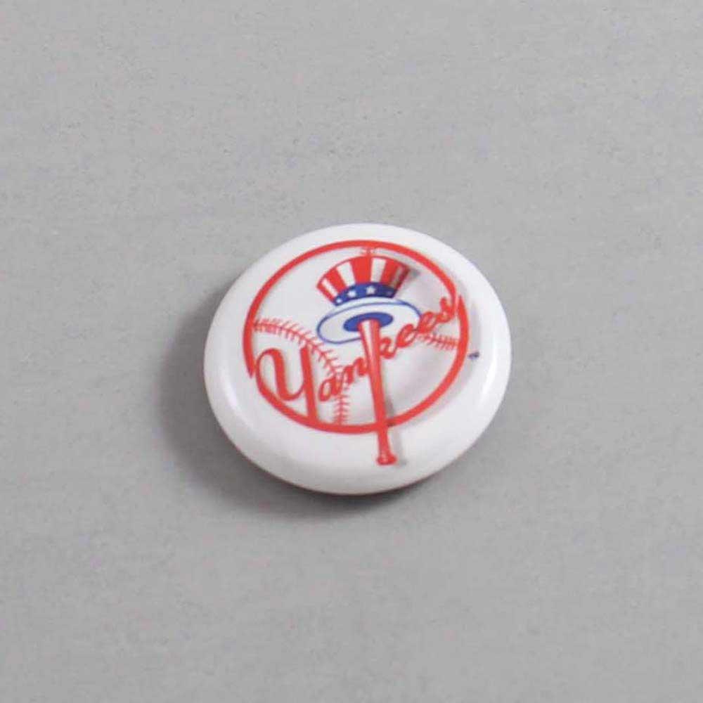 MLB New York Yankees Button 05