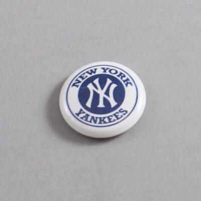 MLB New York Yankees Button 07