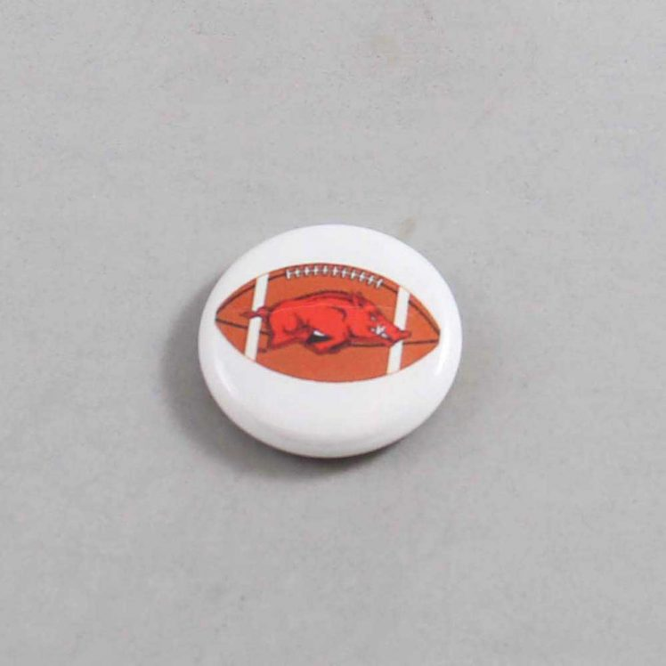 NCAA Arkansas Razorbacks Button 08