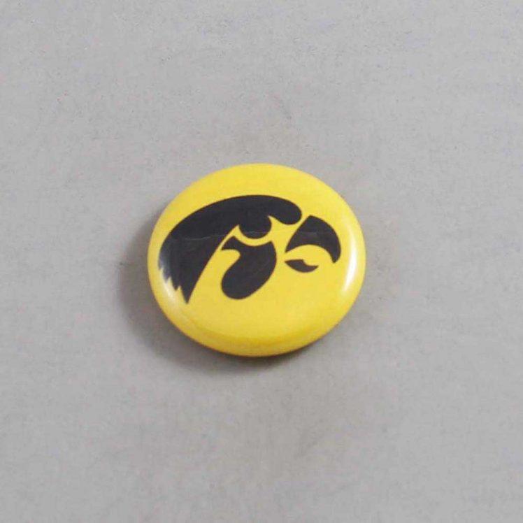 NCAA Iowa Hawkeyes Button 10
