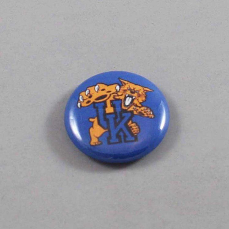 NCAA Kentucky Wildcats Button 02