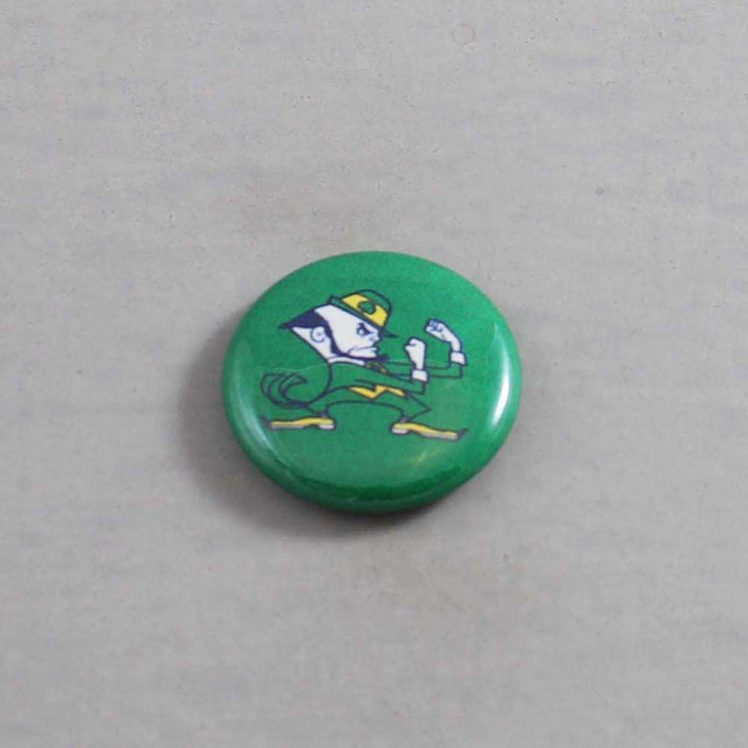 NCAA Notre Dame Fighting Irish Button 01