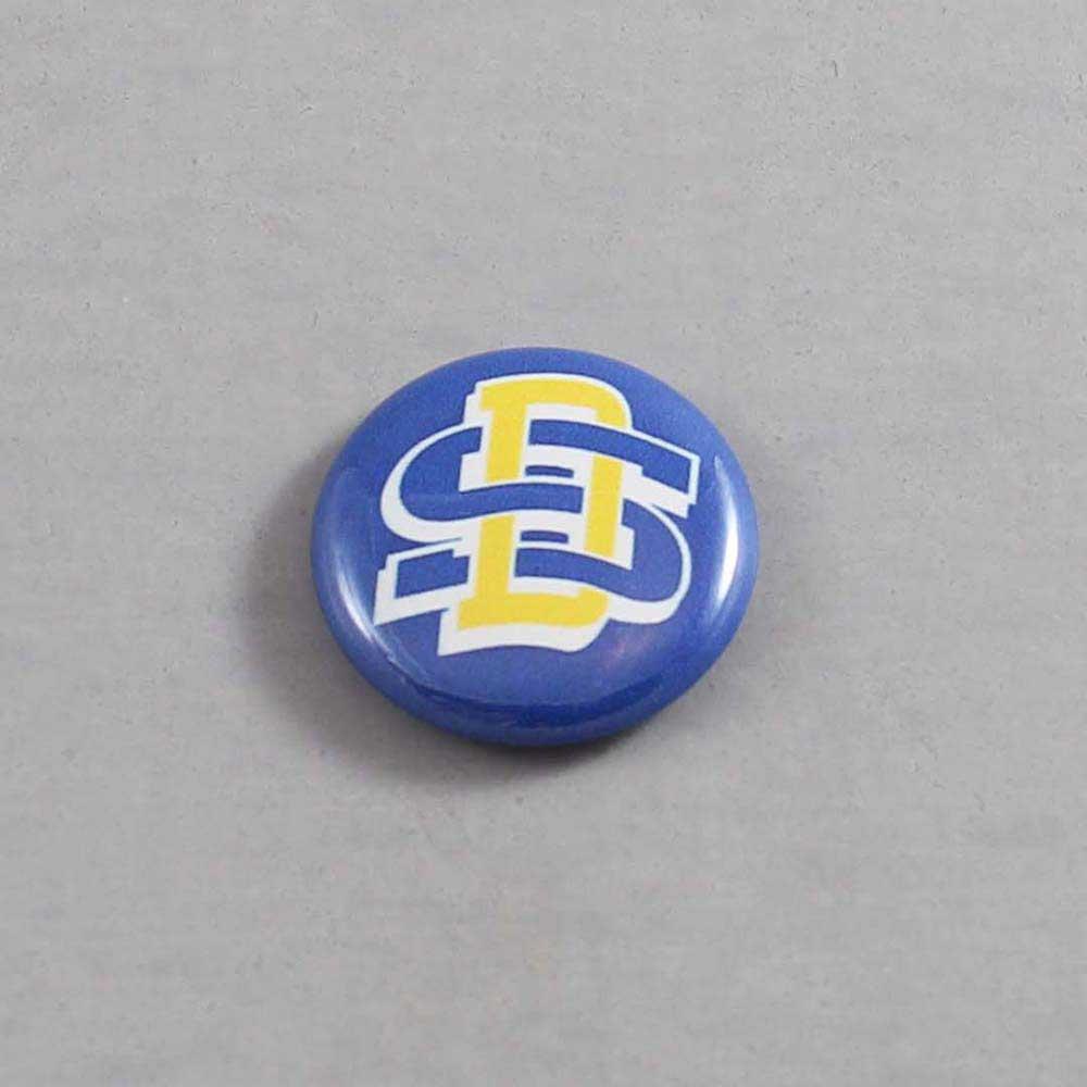 NCAA South Dakota State Jackrabbits Button 03