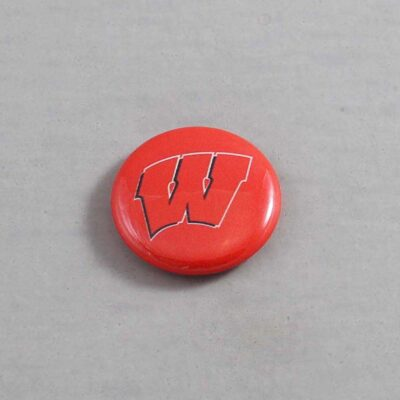 NCAA Wisconsin Badgers Button 04