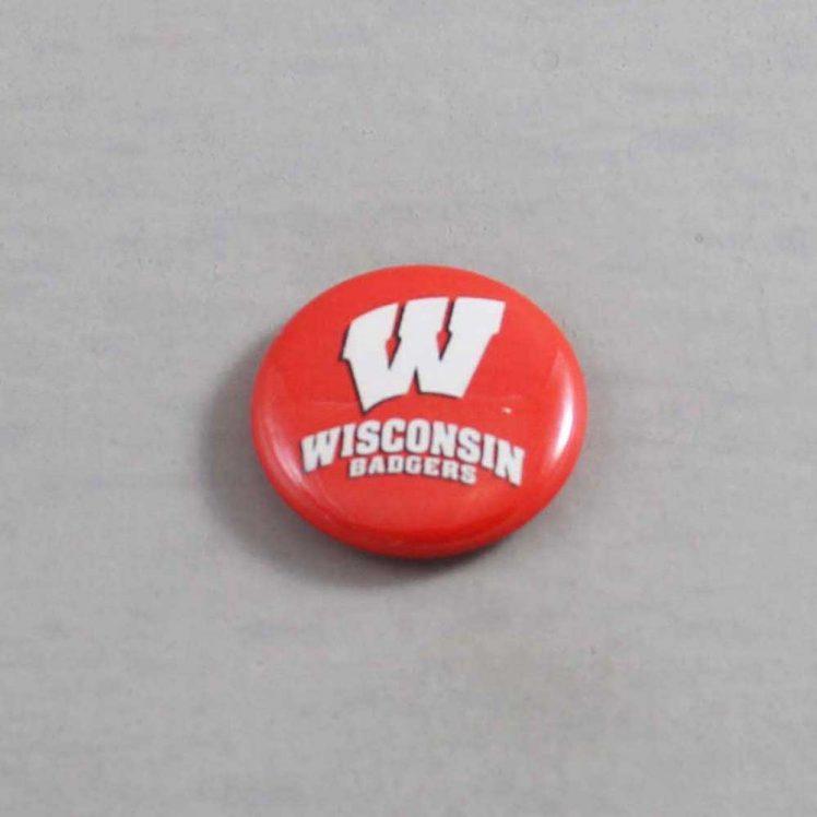 NCAA Wisconsin Badgers Button 07