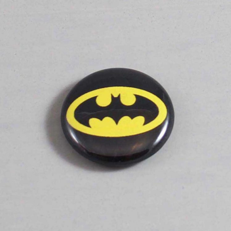 Batman Button 01