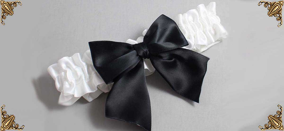White-Black-Custom-Wedding-Garter-01-B01-Kimberly_01