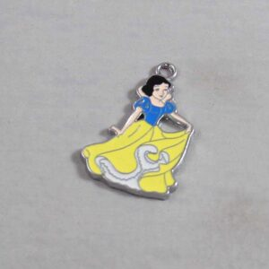 Snow White Wedding Garter / Disney / Princess / Fairy Tale - Charm-325 / Wedding Garters / Bridal Garter / Prom Garter / Linda Joyce Couture