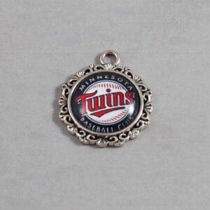 Minnesota Twins Wedding Garter / MLB / Baseball - Charm-533 / Wedding Garters / Bridal Garter / Prom Garter / Linda Joyce Couture