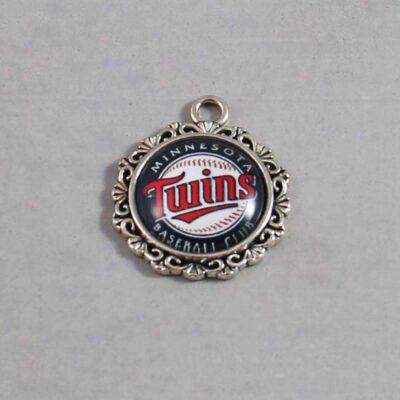 Minnesota Twins Wedding Garter / MLB / Baseball - Charm 533 / Wedding Garters / Bridal Garter / Prom Garter / Linda Joyce Couture