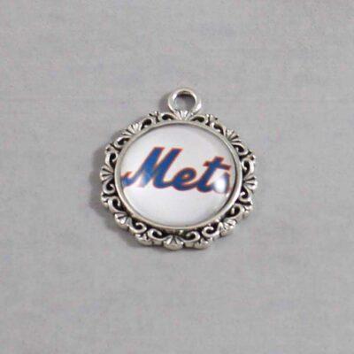 New York Mets Wedding Garter / MLB / Baseball - Charm 547 / Wedding Garters / Bridal Garter / Prom Garter / Linda Joyce Couture