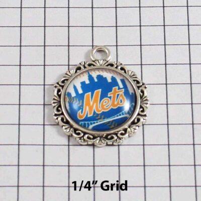 New York Mets Wedding Garter / MLB / Baseball - Charm 572 / Wedding Garters / Bridal Garter / Prom Garter / Linda Joyce Couture