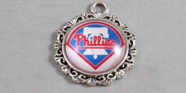 Philadelphia Phillies Wedding Garter / MLB / Baseball - Charm-580 / Wedding Garters / Bridal Garter / Prom Garter / Linda Joyce Couture