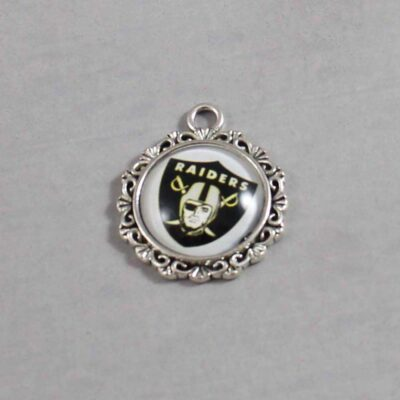 Las Vegas Raiders Wedding Garter / NFL / Football - Charm 630 / Wedding Garters / Bridal Garter / Prom Garter / Linda Joyce Couture