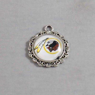 Washington Redskins Wedding Garter / NFL / Football - Charm 633 / Wedding Garters / Bridal Garter / Prom Garter / Linda Joyce Couture