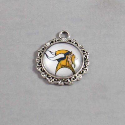 Minnesota Vikings Wedding Garter / NFL / Football - Charm 638 / Wedding Garters / Bridal Garter / Prom Garter / Linda Joyce Couture